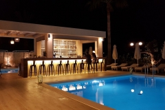 Airis Restaurant - night pool view